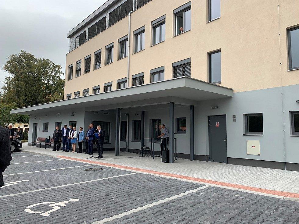 Nový lékařský dům v Plasích.