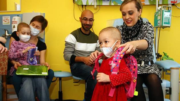 Fakultní nemocnice nadílka vánoce děti hemato - onkologické oddělení