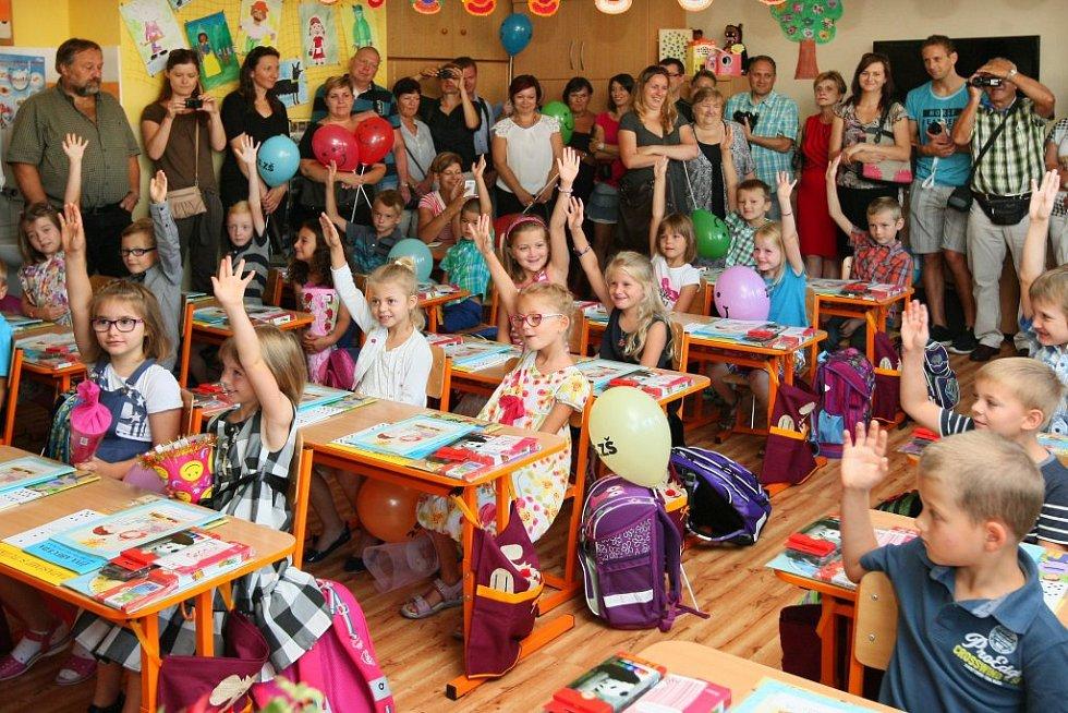 Barunka Sojkovápoprvé usedla do lavice plzeňské 25. základní školy.