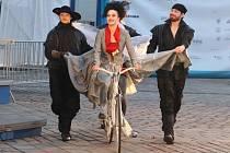 Kristýna Leichtová jako Mylady v plzeňské inscenaci Tři mušketýři