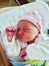 Emma Šteflová se narodila 16. července v 5:03 mamince Denise a tatínkovi Pavlovi z Plzně. Po příchodu na svět ve FN vážila sestřička dvouletého Kubíka 3180 gramů a měřila 51 cm.