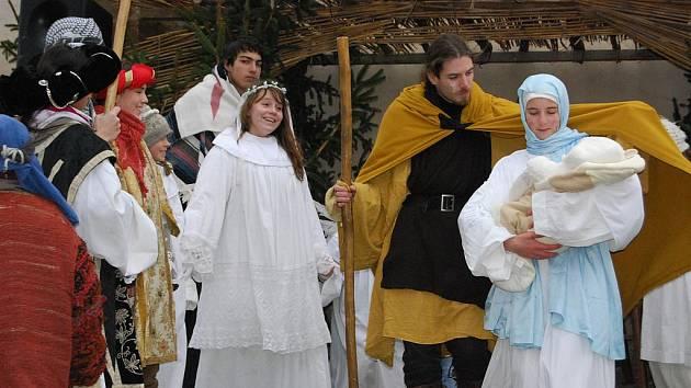 Živý betlém byl ve Starém Plzenci k vidění už podevatenácté.