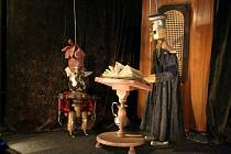 Z představení Johanes doktor Faust od Divadla Alfa.
