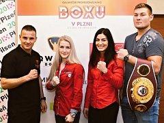 Při galavečeru boxu se v Plzni představí také plzeňský boxer Štěpán Horváth, Fabiána Bytyqi, Lucie Sedláčková a juniorský mistr světa Tom Schwarz (zleva).