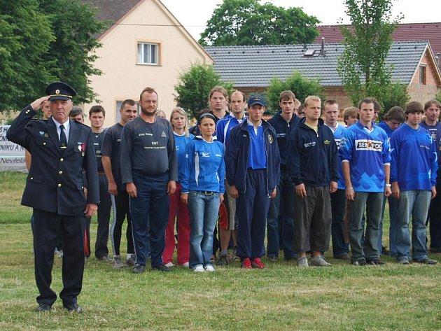 Desítky hasičů z Plzeňského kraje se v sobotu sjely do Úherců na severním Plzeňsku