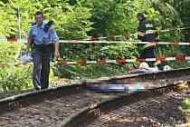 V pondělí před polednem srazil vlak jedoucí ze Žihle do Plzně u zastávky Bílá Hora asi patnáctiletou dívku