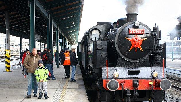 Zvláštní vlak vypravený na trase Plzeň - Nýřany - Heřmanova Huť a zpět