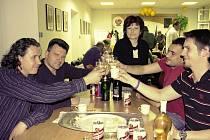 V sídle ČSSD se slavilo vícekrát, mimo jiné i když se ukázalo, že ČSSD vyhráli v prvním městském obvodě