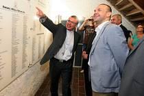Poděkování dárcům se ujal plzeňský biskup Tomáš Holub
