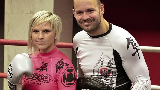 Alena Holá s trenérem Janem Landou