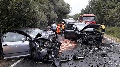 Dopravní nehoda dvou aut mezi Vejprnicemi a Tlučnou