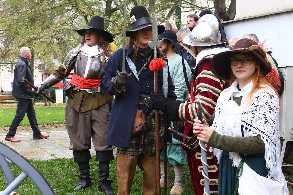 Rekonstrukce události z roku 1618 - dobytí města Plzně stavovskými vojsky.