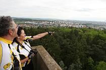 Po více než roční odmlce se mohou zase Plzeňané i turisté podívat z rozhledny na stejnojmenném vrchu Chlum