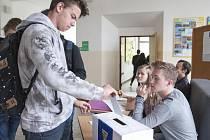 Studentské volby do Evropského parlamentu 2019 - Gymnázium Luďka Pika.