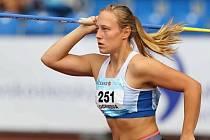 Dynamit v ruce. Sedmnáctiletá oštěpařská naděje Petra Sičaková přestupuje do juniorské kategorie a chce startovat na mistrovství Evropy i světa.