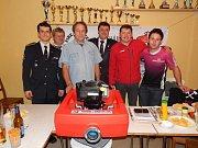 Nové čerpadlo obdrželi členové Sboru dobrovolných Hasičů z Horního Metelska.