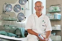 Primář Kliniky ortopedie a traumatologie pohybového ústrojí Milan Toman.