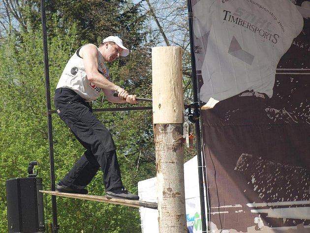 V sobotu se v areálu za Plazou utkali dřevorubci.