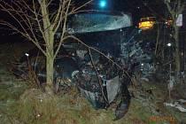 Při nehodě u Letkova se zranili řidiči obou aut