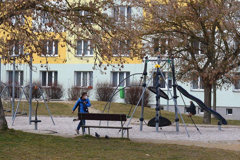 Plzeň - Dětské hřiště v zadních Skvrňanech