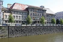 Městské lázně v Plzni na Denisovo nábřeží