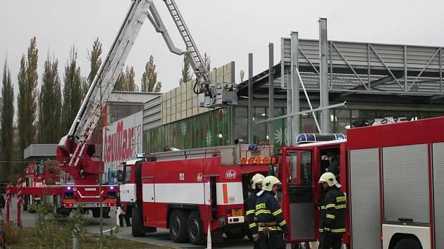 Příčinou požáru byla nedbalost dělníků