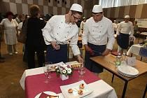 Studenti-kuchaři na SOU Vejprnická připravovali slavnostní tabule