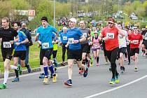 Stovky běžců vyrazí v sobotu na trať Krajského půlmaratonu na trati mezi Plzní a Dobřany.