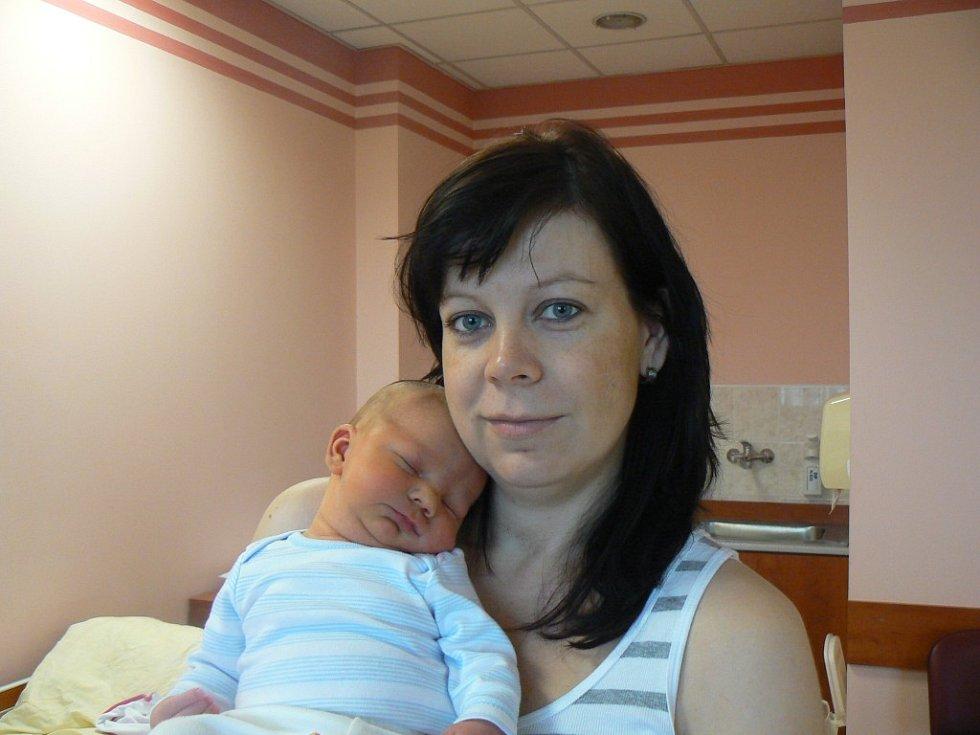 Ondřej Boudný (4,39 kg, 53 cm), který se narodil 1. června v6:34 hodin ve FN vPlzni, je prvorozený syn maminky Lucie a tatínka Luďka zPlzně. Na vnoučka se moc těší babička vHoršovském Týně