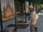 Výstava ve Smetanových sadech ukáže industriální stopy v architektuře Plzně