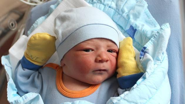 Pavel Chalupný se narodil 27. ledna ve 21:41 rodičům Aleně a Pavlovi z Plzně-Lhoty. Po příchodu na svět v plzeňské FN na Lochotíně vážil jejich prvorozený synek 3390 gramů a měřil 50 centimetrů.