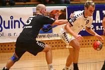 Házenkáři Lokomotivy Plzeň budou chtít v neděli v Kopřivnici napravit domácí těsnou prohru 29:30 s Hranicemi. Pokud na Moravě získají alespoň bod, zajistí si účast v play off