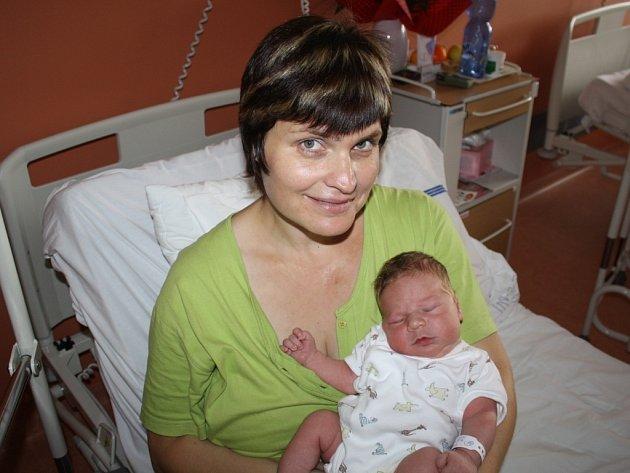 Jan Skála z Lužan (4,25 kg, 52 cm) se narodil v klatovské porodnici 6. srpna v 8:46 hodin. Rodiče Ilona a Dušan věděli dopředu, že Natálka (3) bude mít brášku.