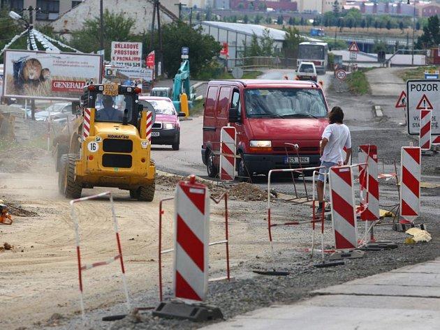 Rekonstrukce Koterovské ulice je v plném proudu
