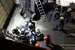 Muž vjel ve Studentské ulici v Plzni do výkopu. proražené ohrazení mu přitom probodlo hrudník.