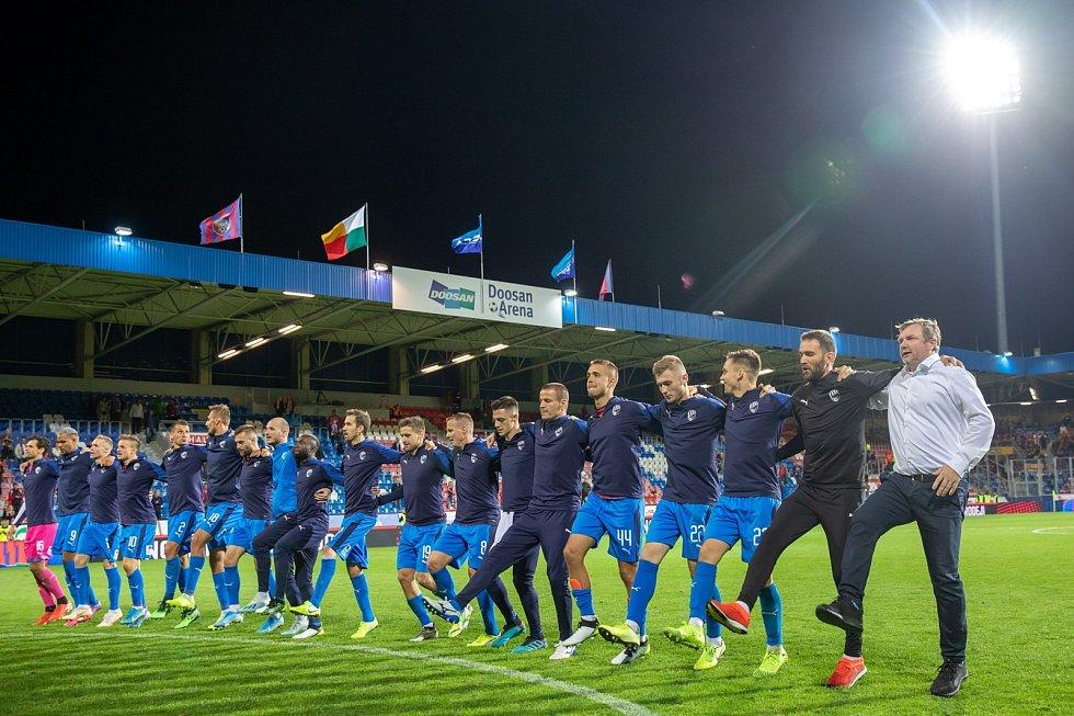 Oslavné tanečky Pavla Vrby po vítězných zápasech v Plzni byly pověstné.