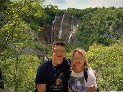 Michal S. a Anna K. v Albánii, kde byli v pátek zavražděni.