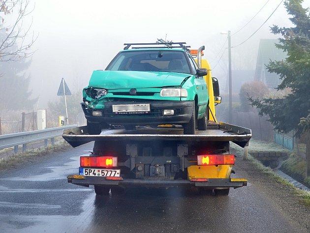 Ranní ledovka zkomplikovala provoz v Plzni, na Výsluní havarovala zhruba dvacítka vozu. Vše se obešlo nez zranění.
