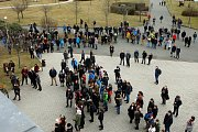 Studenti Západočeské univerzity v Plzni se ve čtvrtek zapojili do protestu #VyjdiVen.