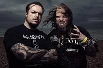 Bratři Cavalerovi koncertují na plzeňském Metalfestu.