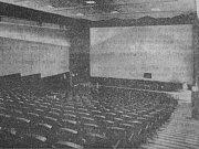 Pravda, sobota 27. 5. 1967. Pohled do sálu Edenu, zrekonstruovaného bývalého kina Svět. Otevře se zítra.