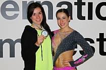 Sedmnáctiletá Eliška Fajfrlíková z Aerobik klubu LADY Plzeň vybojovala stříbrnou medaili na květnovém mistrovství Evropy  ve sportovním aerobiku, fitness aerobiku a hip hopu.