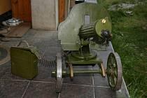 Zbraně, které policie zabavila v domu v Plzni Na Výsluní.