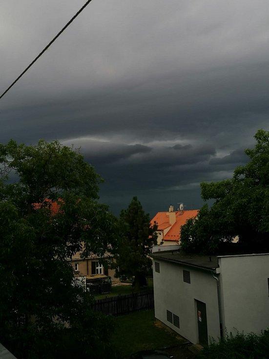 Plzeň sever, cca 20:00.