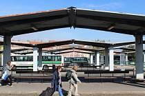 Příští roky se nástupiště dočkají nových střech