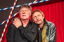 V Cyranovi se na Divadelním létě pod plzeňským nebem i letos představí Michal Dlouhý (vlevo) a Kamil Halbich.