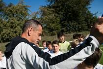 JOSEF ŠNEBERGER (na snímku) má na starost ve Viktorii Plzeň žákovský tým U13.