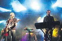 Skupina Distant Bells, hrající repertoár slavných Pink Floyd.