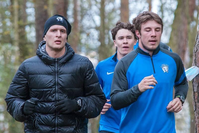 Jan Schleiss (vlevo) během letní přípravy.