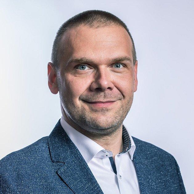 Martin Baxa (SPOLU/ODS) - na kandidátní listině č. 1 - Plzeň, 46let - vystudovaný učitel, momentálně podruhé primátorem Plzně, od roku 2017poslanec